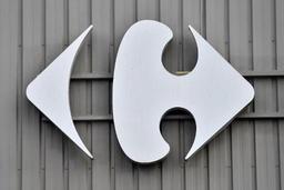 Carrefour signe deux accords sur le plan social et le plan de départs volontaires