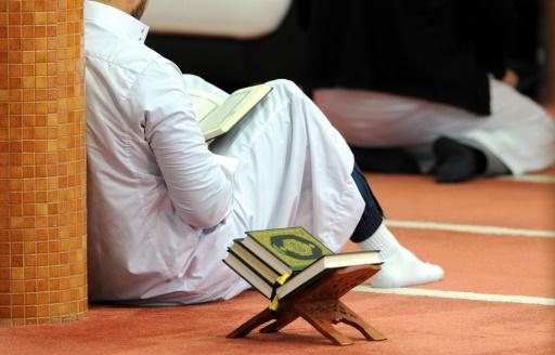 En France, l'islam radical au coeur du débat sur l'antisémitisme