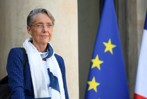 SNCF: Elisabeth Borne promet