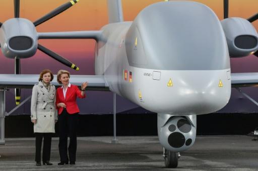 Paris et Berlin officialisent leur projet d'avion de combat commun