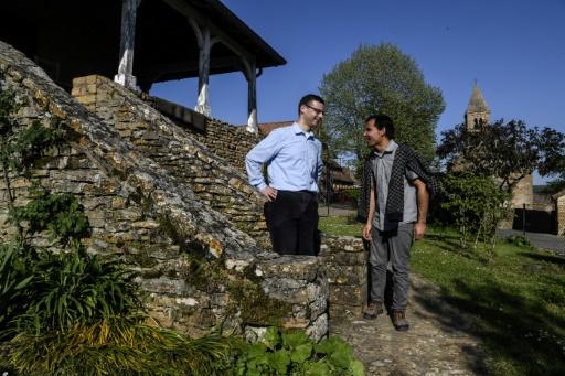 Le parcours d'un migrant afghan pour s'intégrer dans un village de Bourgogne