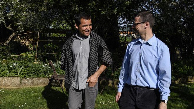 Le parcours singulier d'un migrant afghan pour s'intégrer dans un village de Bourgogne en France
