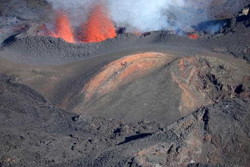 La Réunion: le Piton de la Fournaise en éruption pour la deuxième fois de l'année