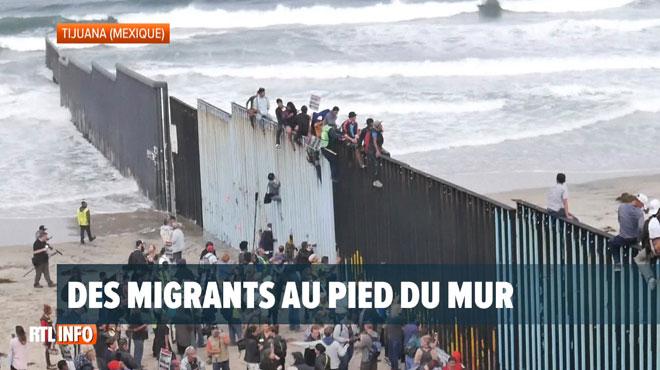 Au moins 150 migrants centraméricains sont au pied du mur pour passer la frontière américaine