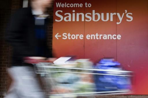 GB: Sainsbury's-Asda, une fusion géante au rayon des supermarchés