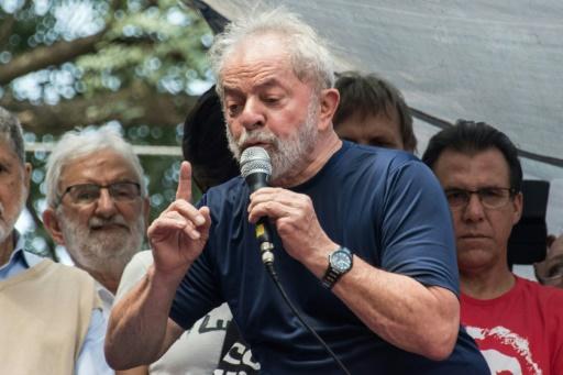 Brésil: Lula mis en examen dans une nouvelle affaire de pots-de-vin