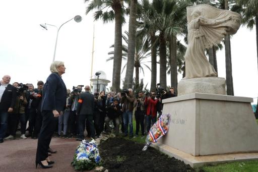 Marine Le Pen rend