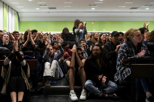 Les étudiants de Nanterre reconduisent le blocage jusqu'à lundi