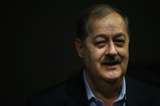 Dans la course au Sénat américain, un homme d'affaires condamné embarrasse les républicains