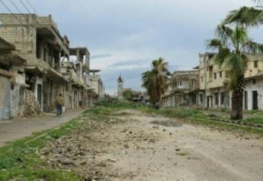 Des rebelles remettent leurs armes dans le centre de la Syrie