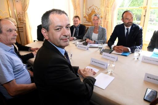 SNCF: Pavageau (FO) accuse le gouvernement de