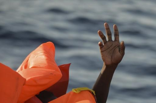 Plainte de migrants contre le recours de Rome aux gardes-côtes libyens