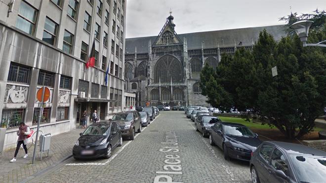 Interpellé devant le CPAS de Liège, un dealer présumé avale ses billes d'héroïne pour faire disparaître les preuves