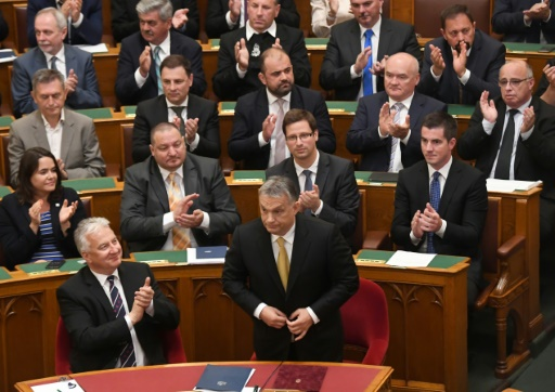 Hongrie: Orban prête serment pour un troisième mandat de Premier ministre