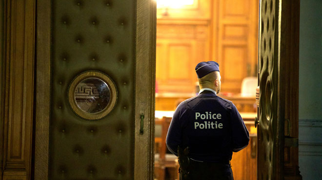 Procès pour terrorisme: entre 230 et 450 prisonniers concernés en Belgique