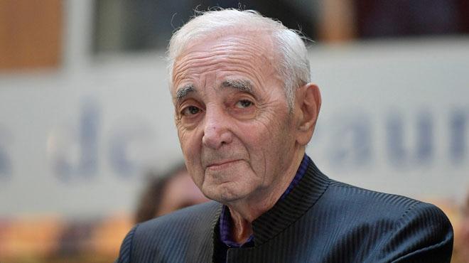 Après une chute, Charles Aznavour est hospitalisé
