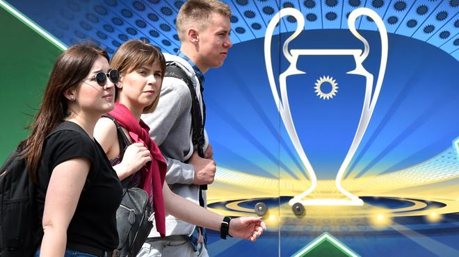 Des chambres d'hôtel proposées à un prix IRRÉEL: les fans du Real Madrid et de Liverpool en colère avant la finale de la Ligue des champions
