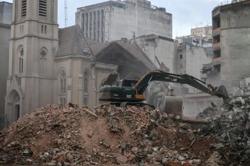 Brésil : fin des recherches après l'incendie d'une tour à Sao Paulo