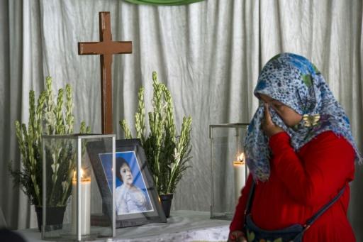 Indonésie : des attentats suicide revendiqués par l'EI commis par deux familles