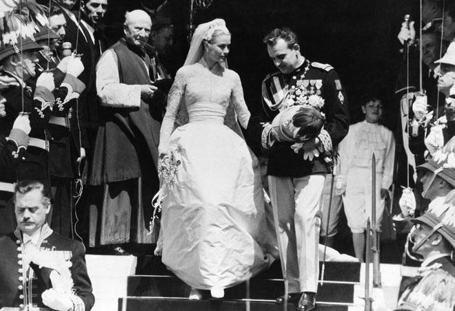 J-4 pour le mariage de Meghan  Markle et le prince Harry: les mariages couronnés à la télévision, une histoire qui débute à Monaco