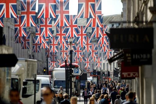 Le mariage royal ? Une majorité de Britanniques s'en moquent, selon un sondage