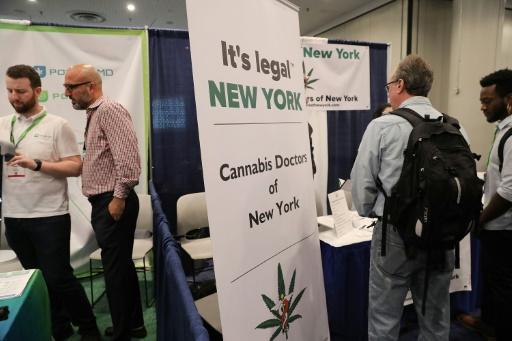 Plus de poursuites pénales à Manhattan pour un peu de cannabis