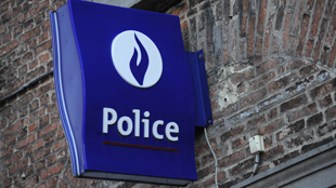 Flémalle: un jeune tabasse un sans-abri en pleine rue pour le dépouiller, sa propre mère le dénonce à la police