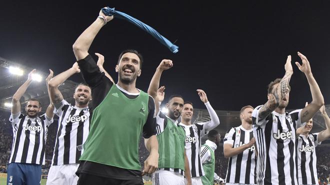 Coup de tonnerre en Italie: Gianluigi Buffon quitte la Juventus