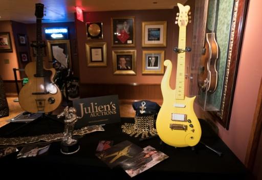 Ventes d'objets de Prince: une guitare jaune part pour 225.000 dollars