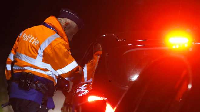 Il menace un automobiliste avec une arme factice à Liège: dès le lendemain et sans raison particulière, il recommence
