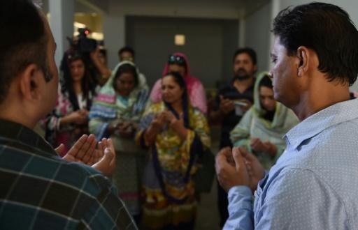 Une famille pakistanaise pleure sa fille morte dans la fusillade du Texas