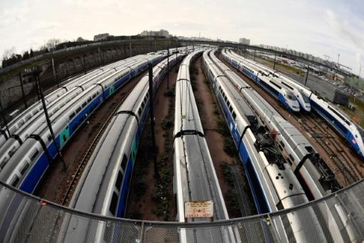 Grève SNCF: retour à un trafic quasi normal dimanche