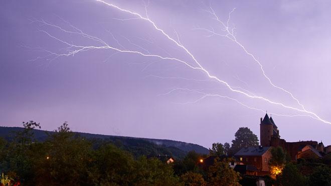 Prévisions météo: nouveau risque d'orages en cours d'après-midi