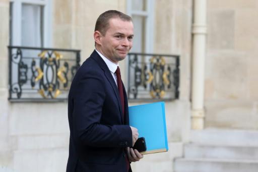 Fonctionnaires: pas de remise en cause du statut, selon le secrétaire d'État Dussopt