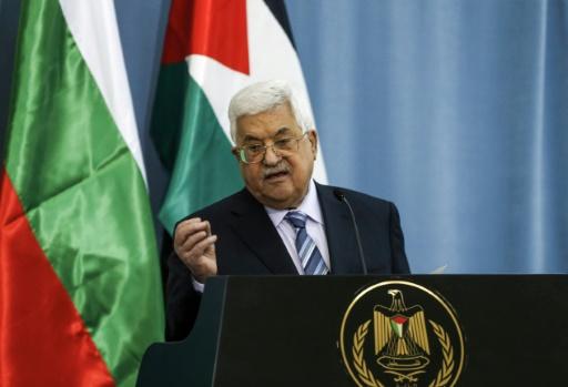 Le président palestinien, atteint d'une pneumonie, reste hospitalisé