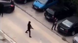 A Marseille, un commando de 5 à 10 individus armés de Kalachnikov menace des policiers et prend la fuite (vidéo) 4