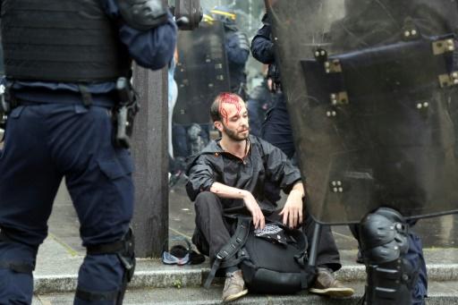 Paris: 101 personnes interpellées dans un lycée occupé après la manifestation