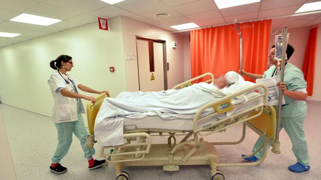 Surcharge de travail dans les hôpitaux: 70% du personnel admet avoir déjà commis des erreurs