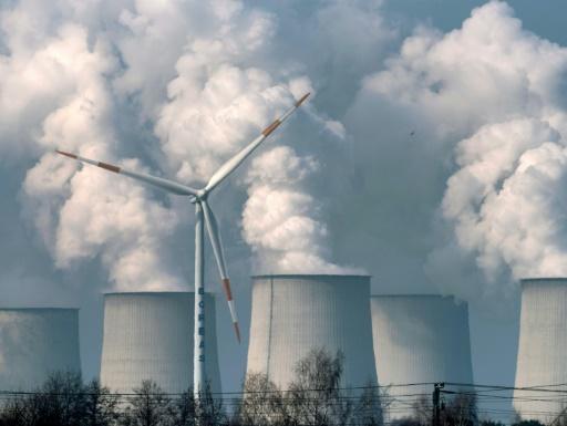 Plainte de familles de huit pays contre l'UE pour sa politique climat