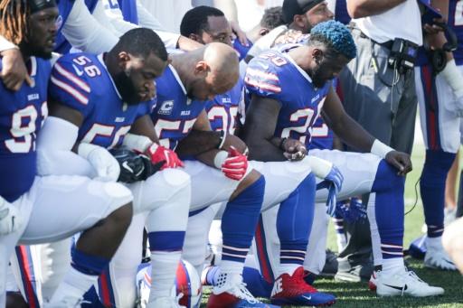 Trump: les joueurs de NFL qui boycottent l'hymne