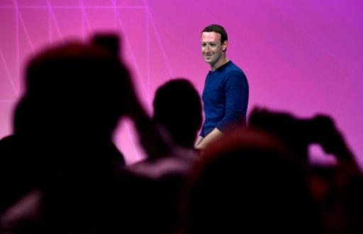 Données personnelles: Facebook étend la protection européenne au monde entier