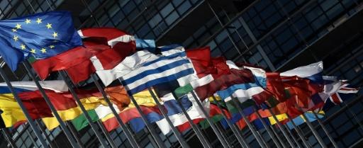 Face à Trump, l'unité européenne résiste, malgré des fissures