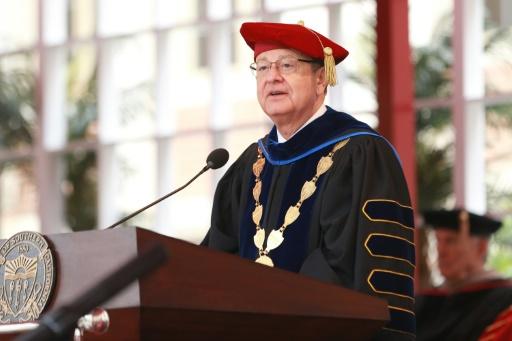 Abus sexuels d'un gynécologue: le président de l'université californienne USC démissionne