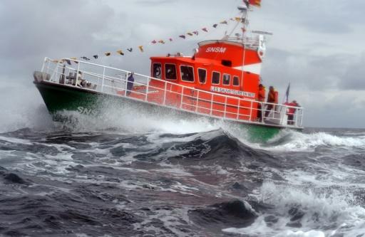 Manche: cinq migrants qui tentaient la traversée vers la Grande-Bretagne secourus