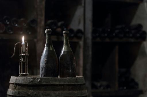 Vin: une bouteille millésimée 1774 adjugée aux enchères à 103.700 euros