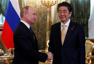 Kouriles- Poutine et Abe ont discuté d'un accord de paix Russie-Japon