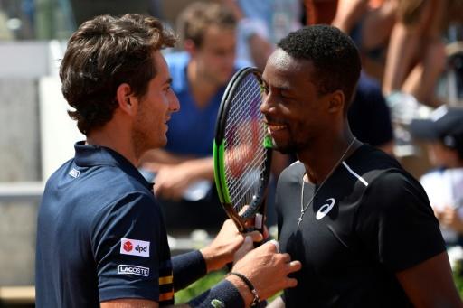 Roland-Garros: Monfils tant bien que mal contre Benchetrit