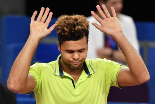 Roland-Garros: blessé, Tsonga patiente en jouant le
