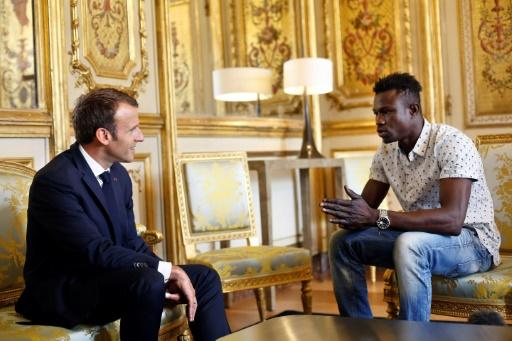 Mamoudou Gassama, le migrant malien érigé en