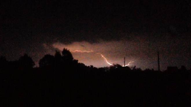 Les orages ont principalement frappé le Hainaut cette nuit: vos photos